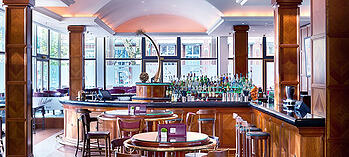 DocuWorld Europe: Bar im InterContinenatl Hotel in Berlin